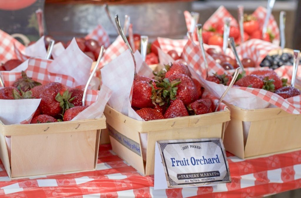 wooden berry basket at Farmers Market birthday party