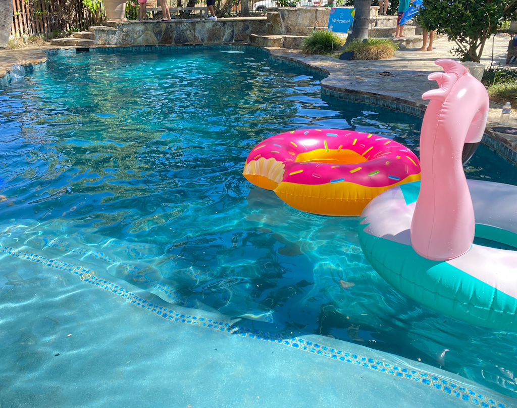 Rental a pool for the day! Skip the hotel...just get the best part, the pool!  Hourly and daily rentals of beautiful pools! Daycation time!